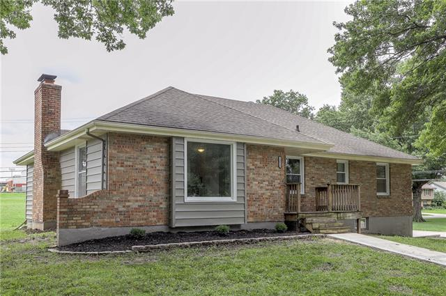 13020 Corrington Avenue Property Photo