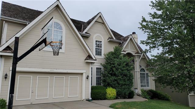 8005 N Flora Avenue Property Photo