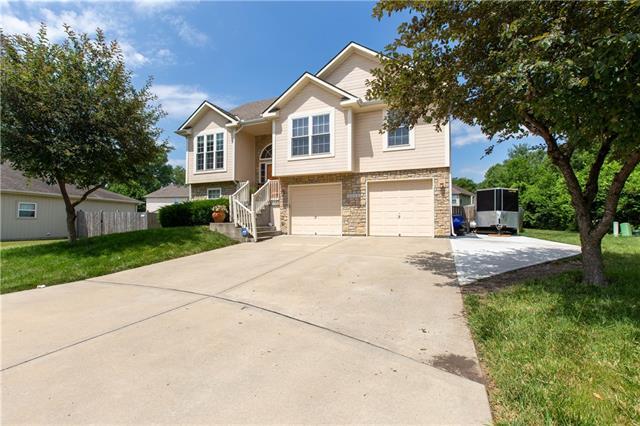 13802 Craig Avenue Property Photo
