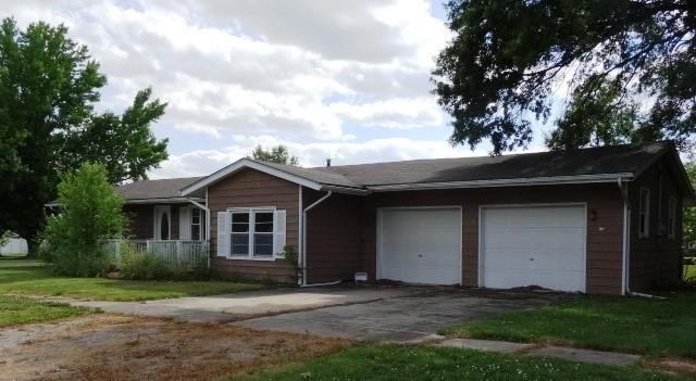 305 S Hickory Street Property Photo