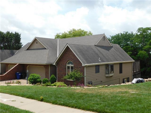 2109 Greenbrier Drive Property Photo