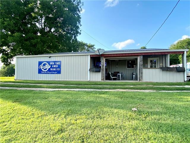 412 W Locust Street Property Photo