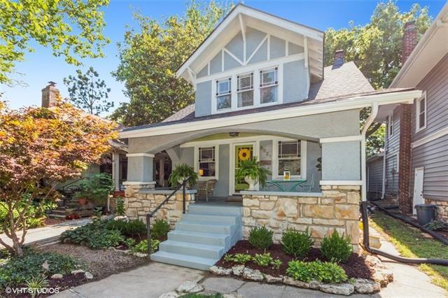 5821 Cherry Street Property Photo