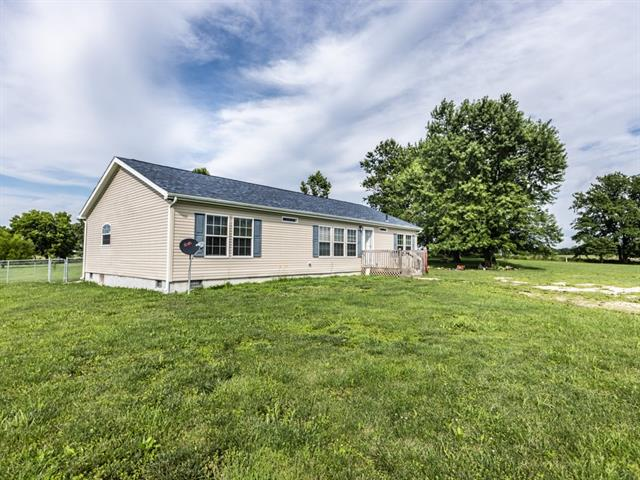 40206 E 251st Street Property Photo