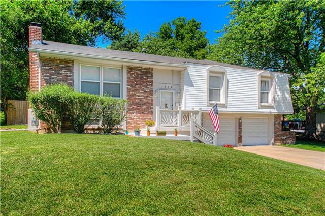 5808 W 95 Street Property Photo
