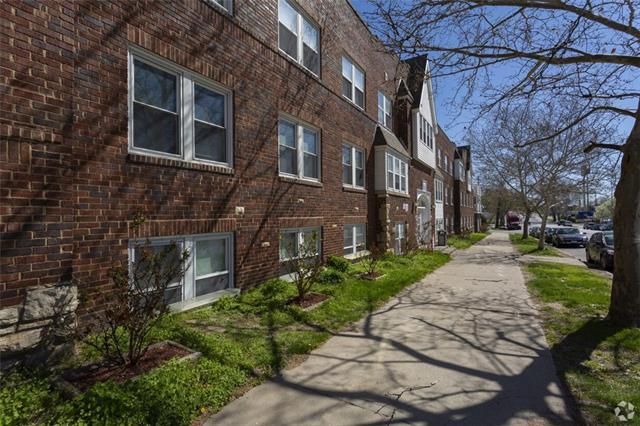 64106 Real Estate Listings Main Image