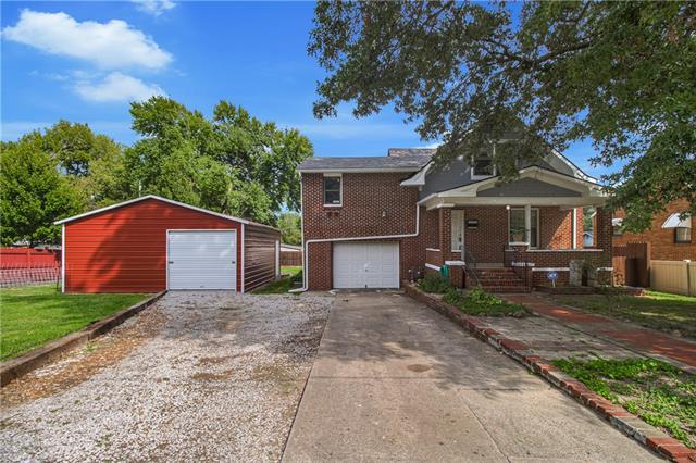 109 S Northern Boulevard Property Photo
