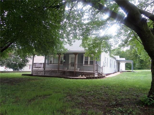 2226 Main Street Property Photo