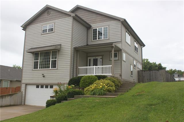504 R Street Property Photo