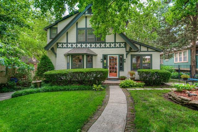 5609 Kenwood Avenue Property Photo