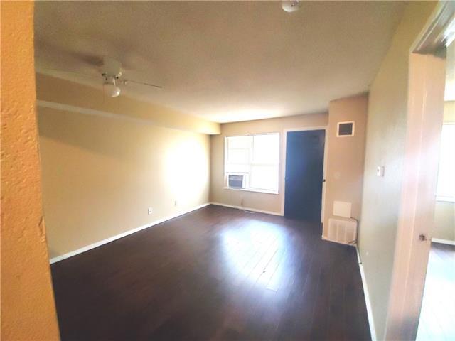1500 E 29th Street Property Photo 7