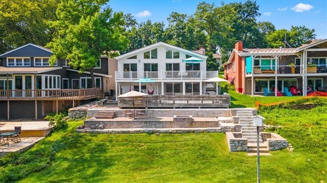 Lake Waukomis Real Estate Listings Main Image