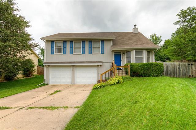 6245 N Holly Street Property Photo