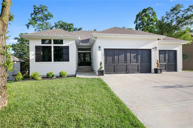 301 E 126th Street Property Photo