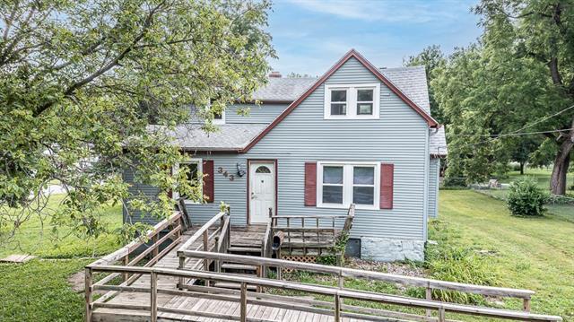 343 Allcutt Avenue Property Photo