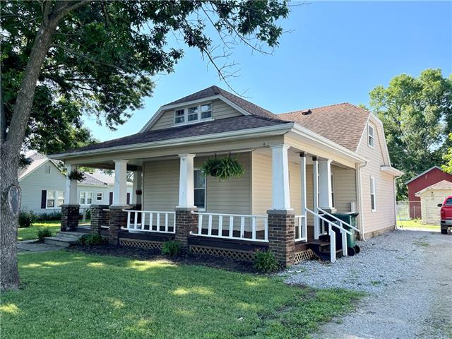 106 E 3rd Street Property Photo