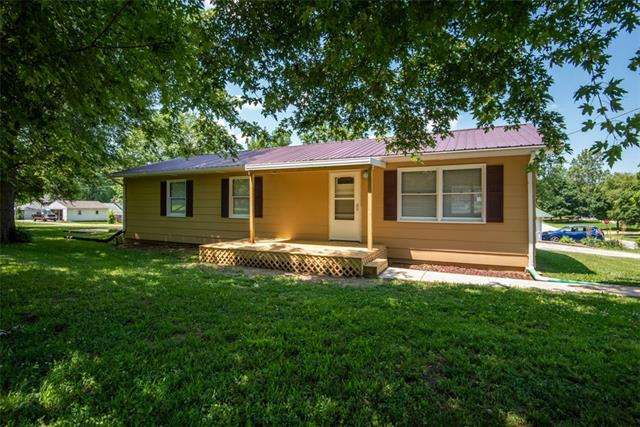 119 E 14th Street Property Photo