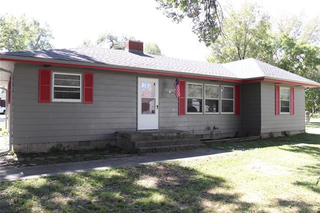 206 E 13th Street Property Photo
