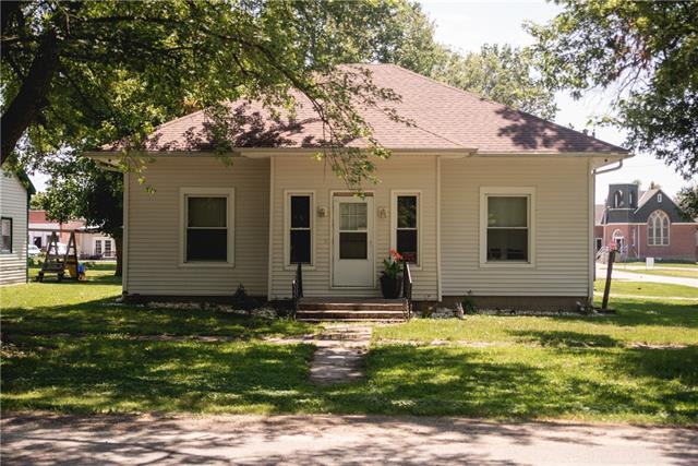 645 Chestnut Street Property Photo