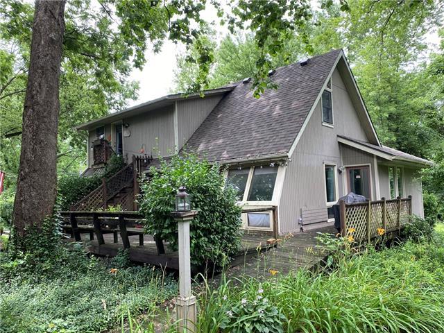 1215 S Leoti Street Property Photo