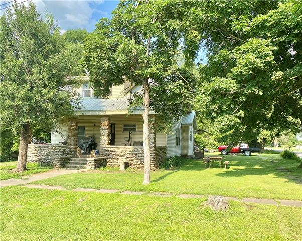 220 N Ash Street Property Photo