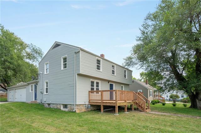 8001 Lowell Avenue Property Photo