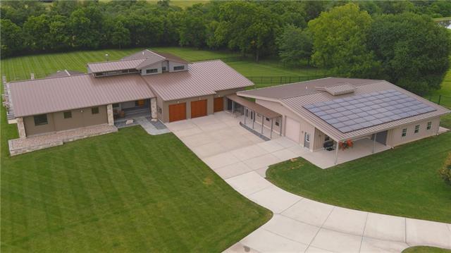 34712 E Hendricks Road Property Photo 1