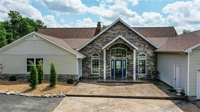 64724 Real Estate Listings Main Image