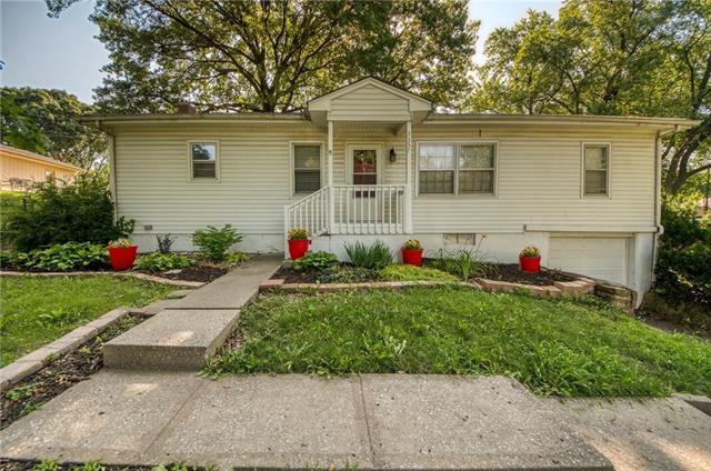 3337 N Euclid Avenue Property Photo 1