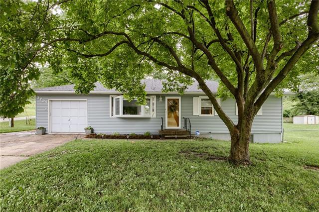 3727 N Brighton Avenue Property Photo