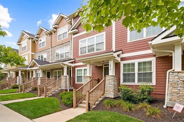 2812 Lake Avenue Property Photo