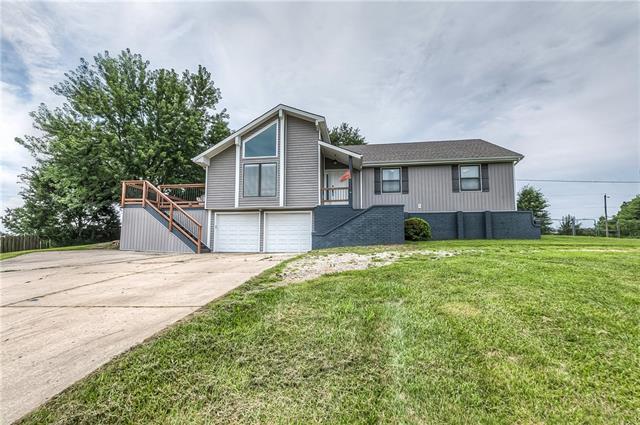 501 Maple Lane Property Photo