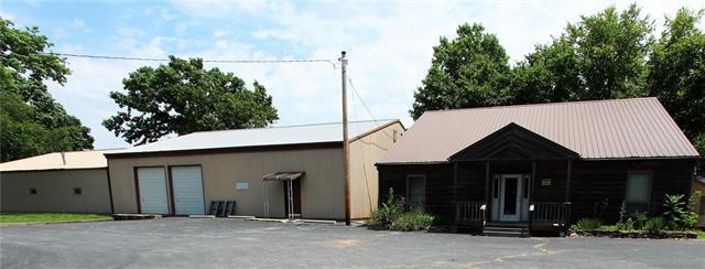 N 107 Main Street Property Photo