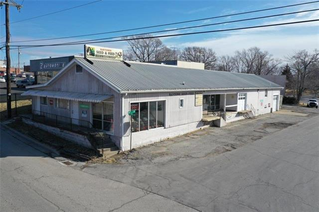 6337 Raytown Road Property Photo
