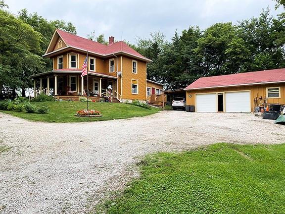 64018 Real Estate Listings Main Image
