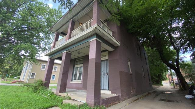 3110 E 13th Street Property Photo