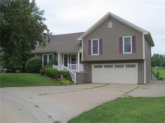 1401 E 2nd Street Terrace Property Photo 1