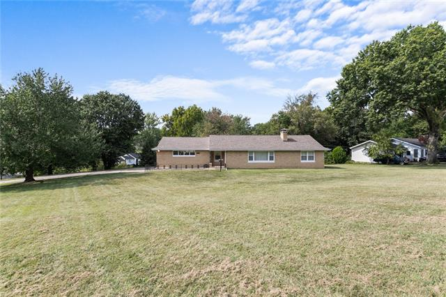 4822 N Kansas Avenue Property Photo