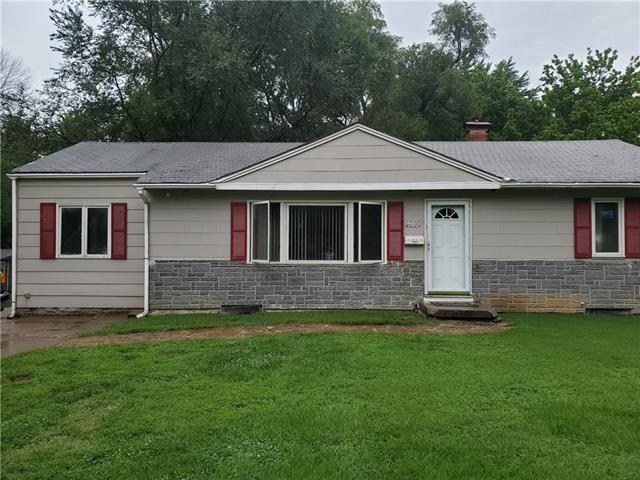 6200 E 148th Terrace Property Photo