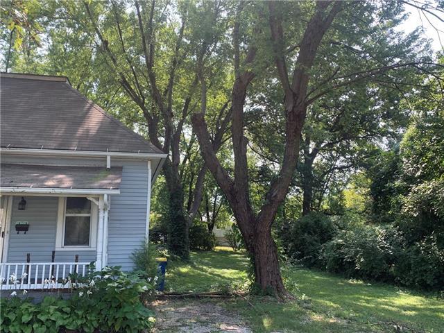 1 W Brown Street Property Photo