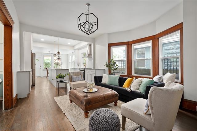 3221 Charlotte Street Property Photo