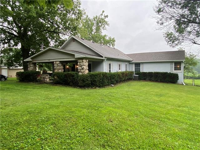 710 N Dickinson Road Property Photo