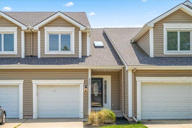 Barrybrooke On The Lake Real Estate Listings Main Image