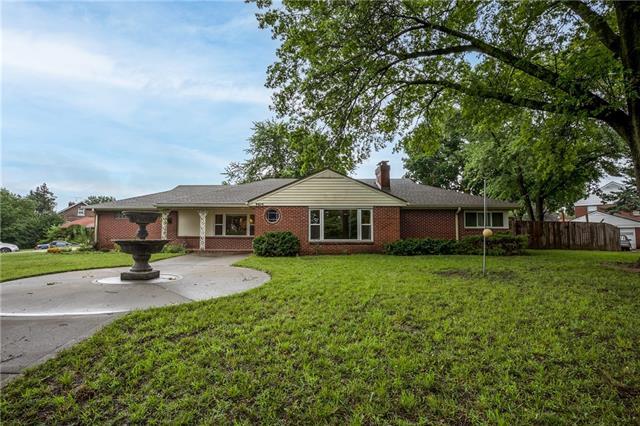 3915 Gladstone Boulevard Property Photo