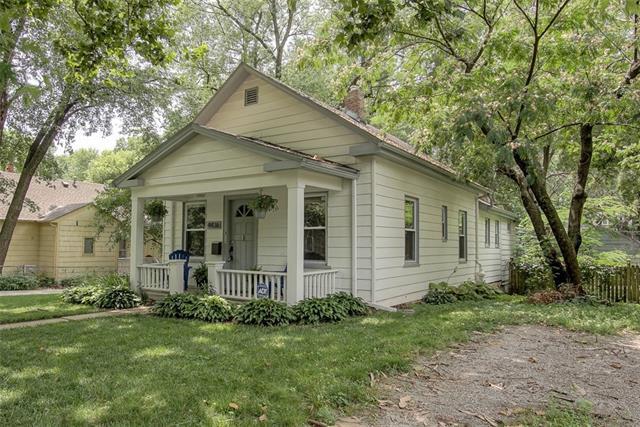 4436 Cambridge Street Property Photo