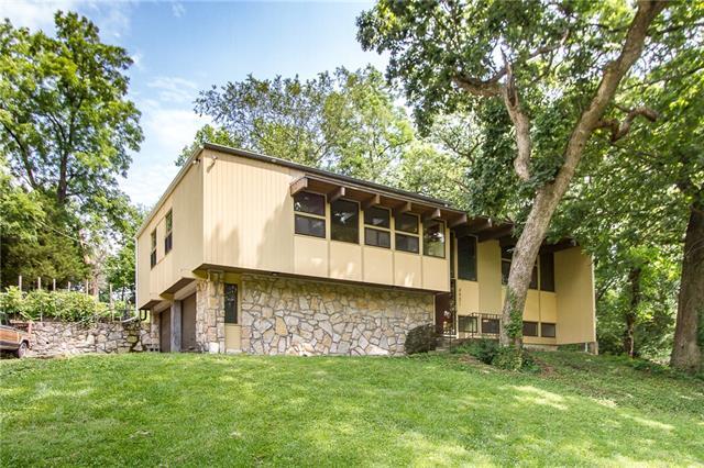 4901 Eastwood Drive Property Photo