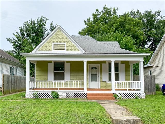 1318 S Carr Avenue Property Photo