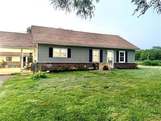 24940 E 700 Road Property Photo