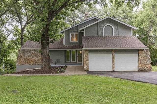 1606 Highland Drive Property Photo 1