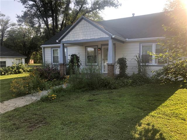 210 S 2nd Street Property Photo